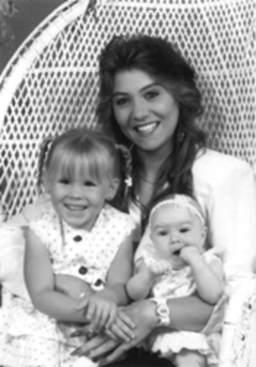 Wendolyn in happier times with two of her daughters