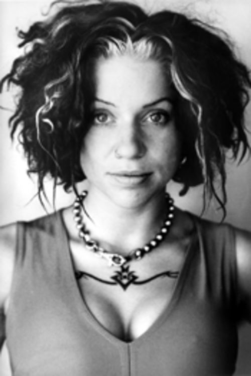 Ani DiFranco, doing it her way