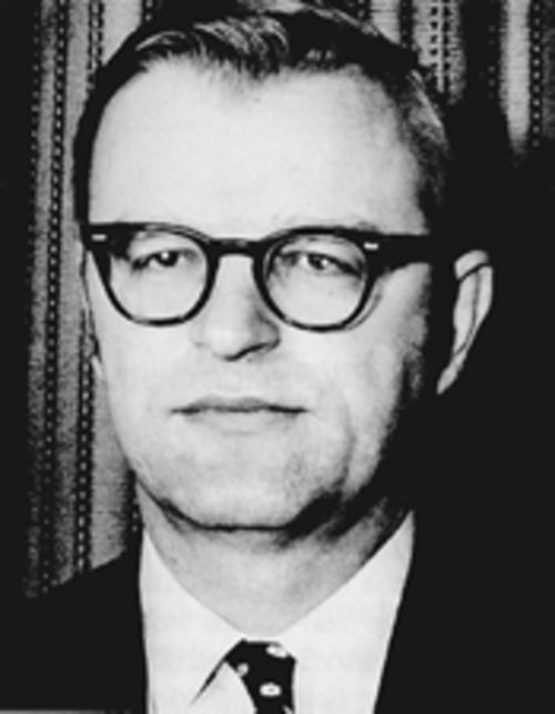 In the fall of 1963, CIA Miami station chief Ted Shackley warned Washington that the DRE regarded U.S. policymakers with contempt