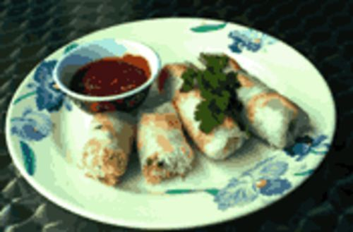 Roll on! Vietnamese make the healthiest spring rolls the world over