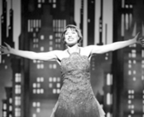 Put your arms around Thoroughly Modern Millie  at the Broward Center