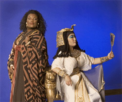 Angela M. Brown (left) as Aïda and Guang Yang as Amneris