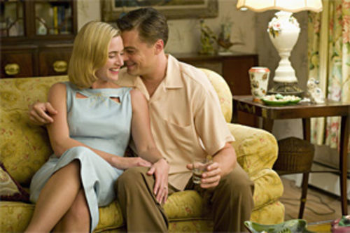 Kate Winslet and Leonardo DiCaprio: Feels like old times. Not.