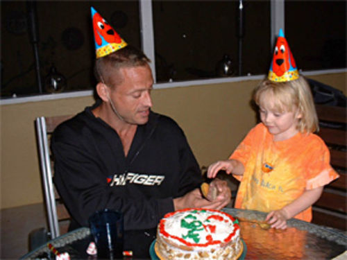 Fenzau celebrates his 36th birthday with his niece Sophia.