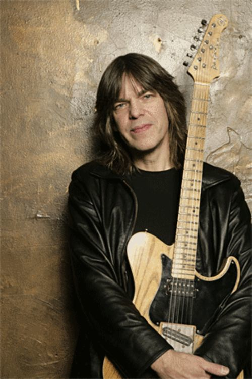 Mike Stern is ready to soothe the house