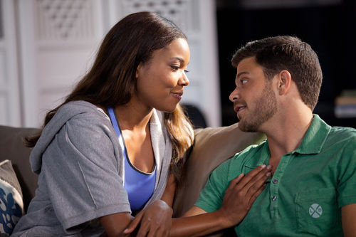 Gabrielle Union and Jerry Ferrara in Think Like a Man.