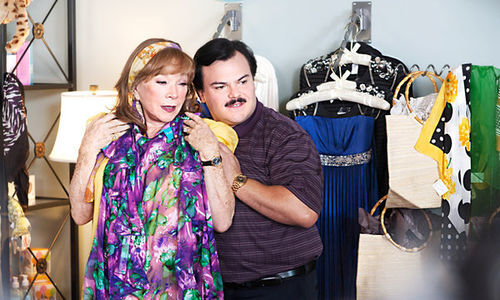 Shirley MacLaine and Jack Black in Bernie.