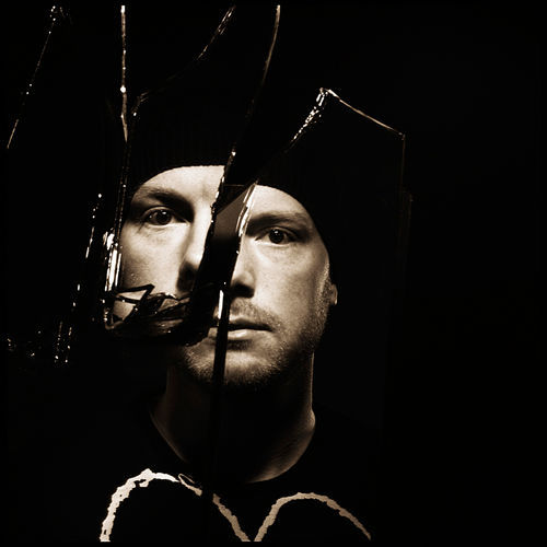 Get a proper EDM education with Eric Prydz.