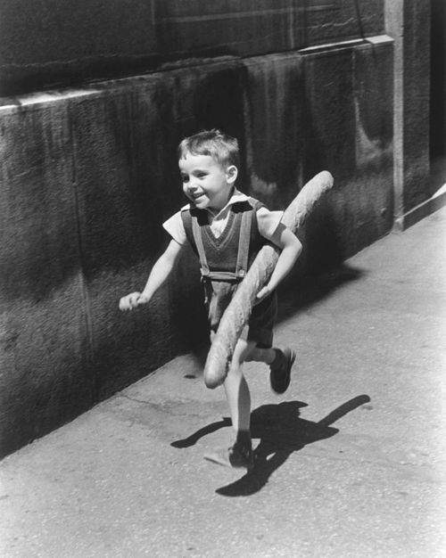Willy Ronis's Le Petit Parisien, 1952