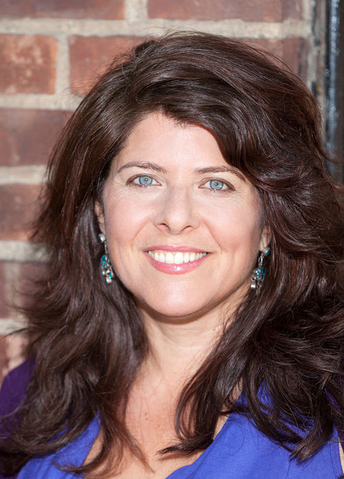 Naomi Wolf defends vaginas everywhere.
