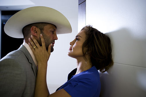 Jason Statham and Jennifer Lopez star in Parker.