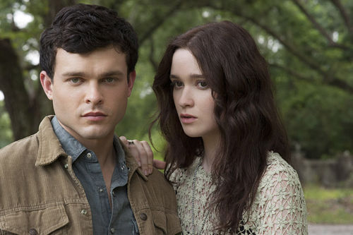 Alden Ehrenreich as Ethan Wate and Alice Englert as Lena Duchannes in Beautiful Creatures.