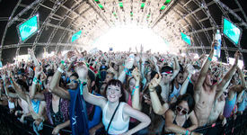 Coachella 2014 Sunday Lineup: Calvin Harris, Arcade Fire, Duck Sauce & More