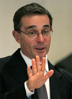 Álvaro Uribe: Back off, reporter boys!