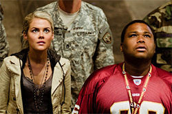 Rachael Taylor and Anthony Anderson: Thats one big friggin bot!