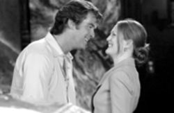 Pierce Brosnan as Daniel Rafferty and Julianne Moore 