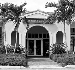 A 2007 raid on the Palm Beach Rejuvenation Center was the result of the biggest anti-aging sting in Florida history. But many charged in that case are now back in business.
