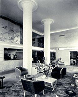 Once the Grossinger Beach Hotel (1940), now the Ritz Plaza: A splendid design by architect Lawrence Murray Dixon
