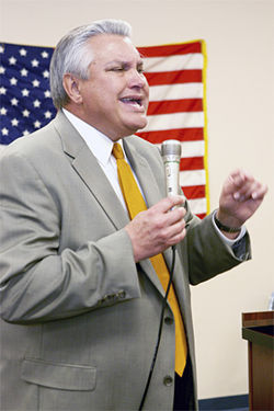Ex-Hialeah Mayor Raul Martinez