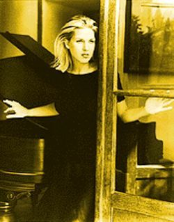 Donna Karan meets Peggy Lee: The always tasteful piano jazz of Diana Krall