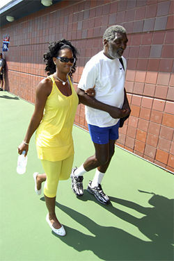 Serena and her pops will be the stars of the Sony Ericsson Open.