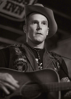 "Hank III: ""If I woulda got hooked on cocaine, boy, I'da been really f**ked."""