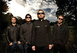 Nickelback: Bloggers hate &#039;em, millions love &#039;em.