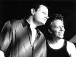 Leonel García (left) and Noel Schajris of hot R&B duo  Sin Bandera