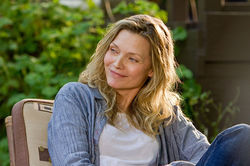 Michelle Pfeiffer in People Like Us.