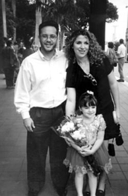J.C. and Diana Elso, with daughter Alyssa, before the  crash