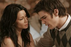 Lucy Liu and Josh Hartnett are as bubbly together as a truckload of champagne