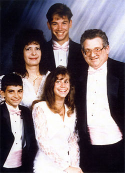 The Brody family before Eric's accident.