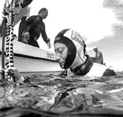 Audrey emerges from her practice dive to 170 meters on October 9, 2002, at the time an unofficial record; three days later she made her fatal dive