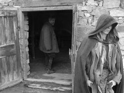 János Derzsi and Erika Bók in The Turin Horse.