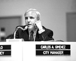 City Manager Carlos Gimenez acknowledges the department&#039;s problems, but argues that the chief inherited them