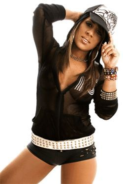 Tego Calderón highly motivated Lisa M. (shown here) to  give music one more shot